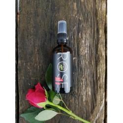 Rose тоник для лица увлажняющий с гиалуроновой кислотой и шелком
